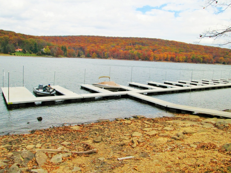 Customize your Commercial Floating Dock System from Lakeside Dock Sales in Maryland